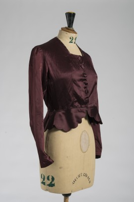 300-corsage-1910-2