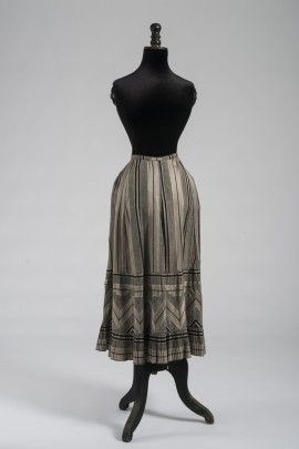 303-jupon-1880-1