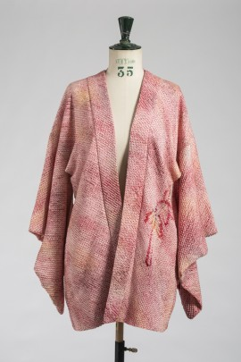 324-kimono-court-2
