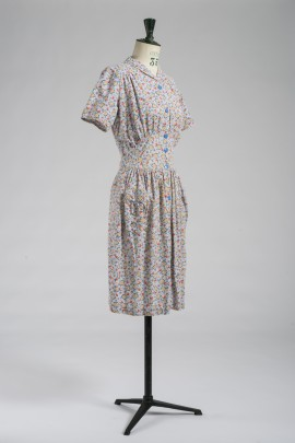 235-robe-tablier-1940-2