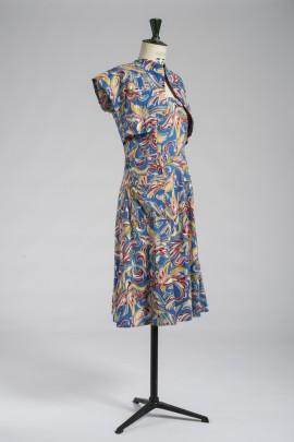 239-ensemble-1945-2