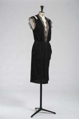 245-robe-dentelle-2