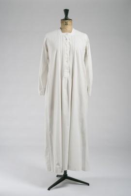 249-chemise-de-nuit-1900-1