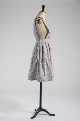 255-robe-tablier-1945-3