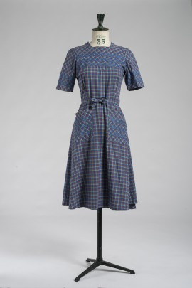 259-robe-tablier-1940-1