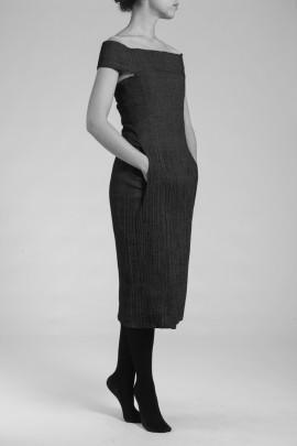 2005-3F-R2-robe-poche-kangourou-NB2